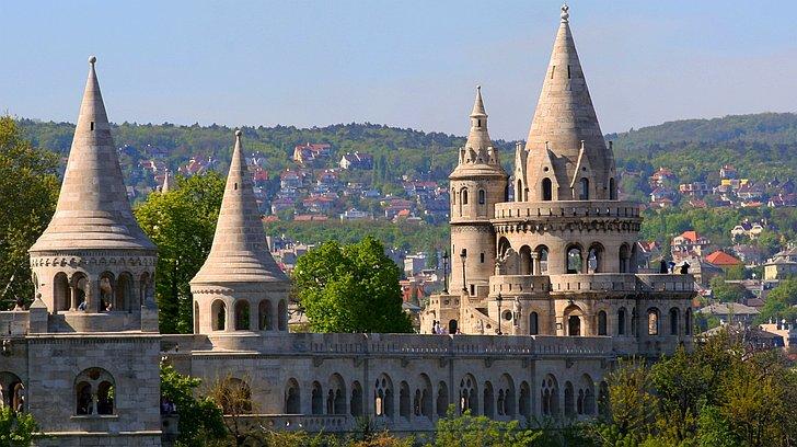 Image result for tvrdjava sa sedam tornjeva budimpesta