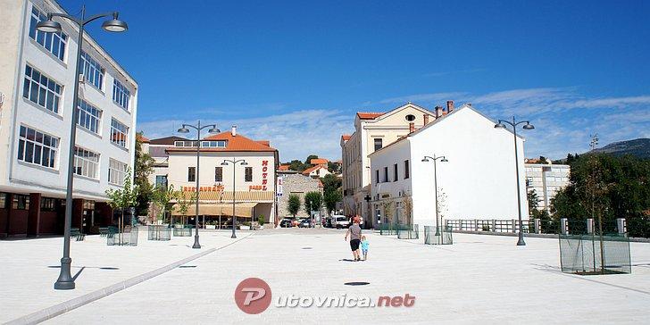 Festival sira u Drnišu