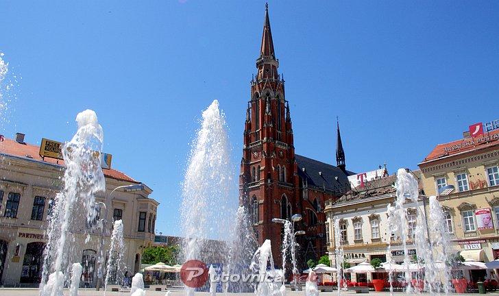 Šarana jaja bojama grada u Osijeku
