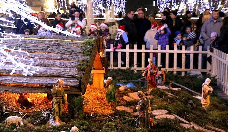 Božićni sajam u Slavonskom Brodu; © Slavonski Brod