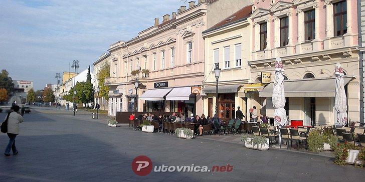 Doček nove godine na Korzu u Slavonskom Brodu