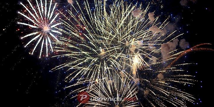 Doček nove godine na otvorenom u Velikoj Gorici