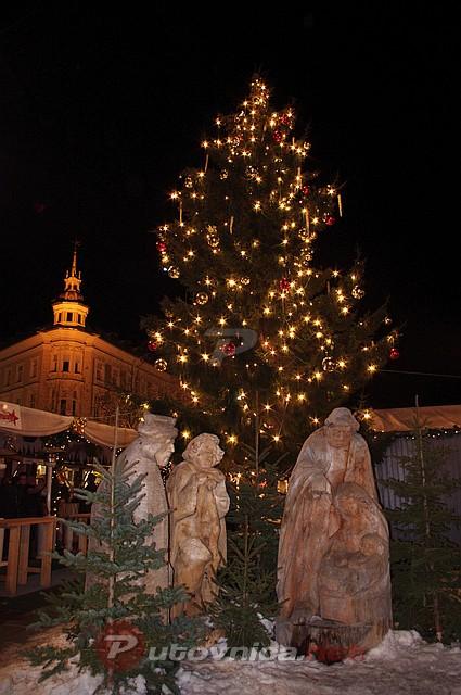 Advent u Klagenfurtu - Jaslice i božićno drvce  Galerije slika na Putovnica.net