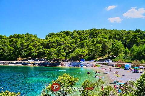 Splitska (Brač): beaches and coves