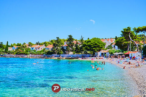 Sutivan (Brač): beaches and coves