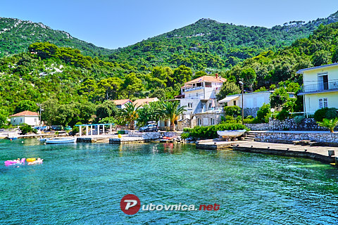 Okuklje (Mljet): beaches and coves