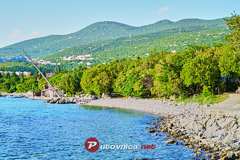 Klenovica: beaches and coves