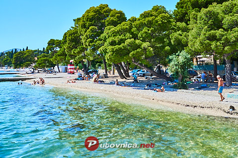 Kaštel Lukšić: beaches and coves