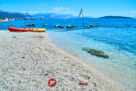 Kaštel Štafilić: beaches and coves