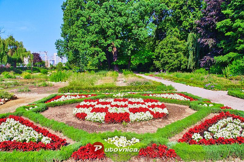 Botanicki Vrt U Zagrebu Hrvatski Grb Od Cvijeca 102352 Slike