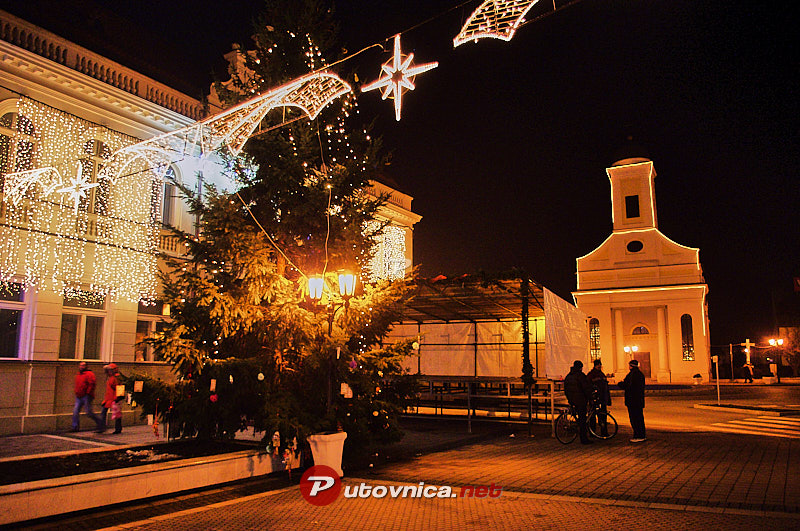 Đakovo: Christmas lighting