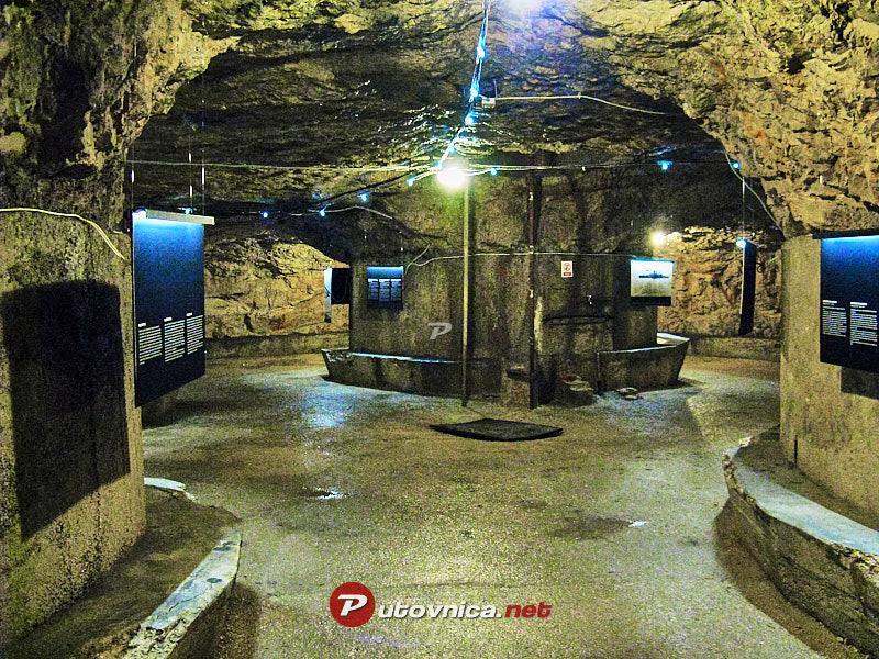 Pula Podzemni Tuneli Zerostrasse 111112 Slike Na Putovnica Net
