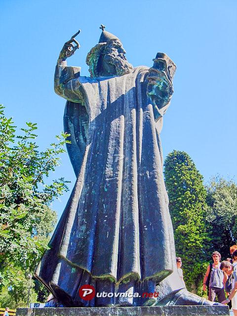 Split Spomenik Grguru Ninskom 113098 Slike Na Putovnica Net