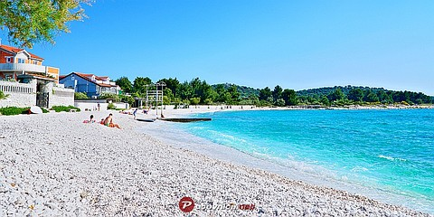 Rogoznica: beaches and coves